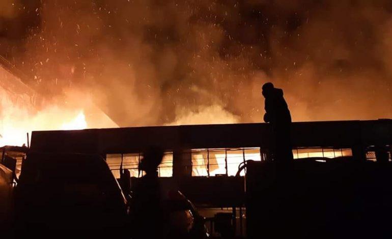 10 Ruko Menjadi Hangus Terbakar, Wawako Turun Lansung Pantau Api