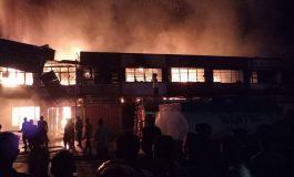Daftar 9 Toko yang Hangus Terbakar di Jantung Kota Dumai