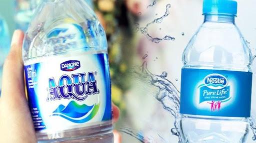 Ahli Temukan Air di Botol Aqua dan Nestle Mengandung Partikel Plastik