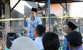 Walikota Dumai Tinjau Warga Yang Terkena Musibah Kebakaran