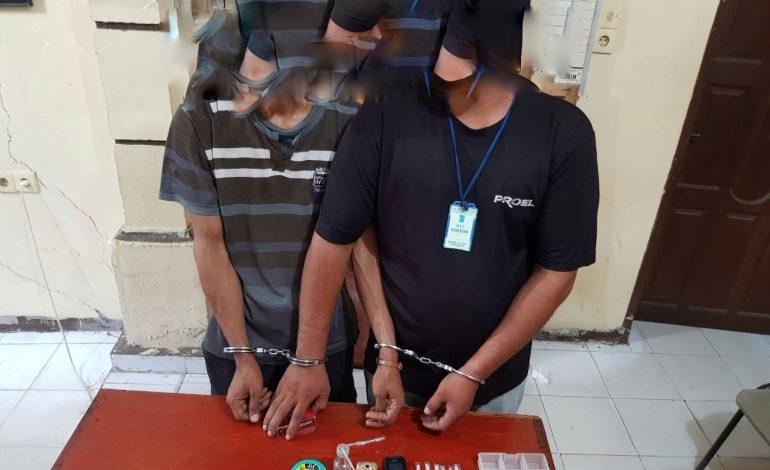 Petugas Ringkus Dua Pria Kurus di Pabrik Batu Bata