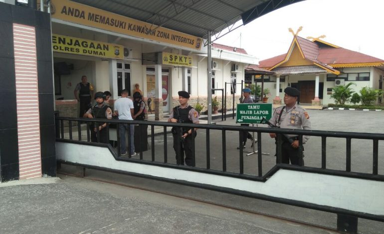 Bom Meledak di Surabaya, Pengamanan Mapolres Dumai Ditingkatkan