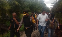 Polisi Geledah Rumah Diduga Teroris di Mundam