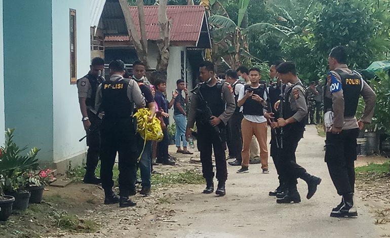 Tiga Orang Pelaku Teror Markas Polda Riau Warga Dumai