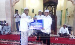 Safari Ramadhan Perdana, Zulkifli As Serahkan Bantuan Masjid