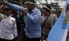 Aksi GERAMM Sandera Bus Karyawan Perusahaan