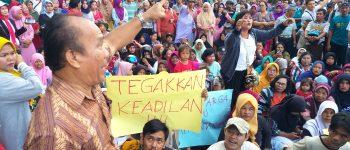 Masa Pendemo Warga Bumi Ayu Tuding Barita Simbolon Mafia Tanah Riau