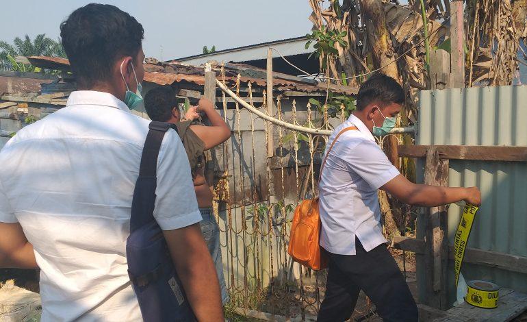 """Polisi Segel Gudang """"MIKO"""" Di Jalan Wan Amir"""